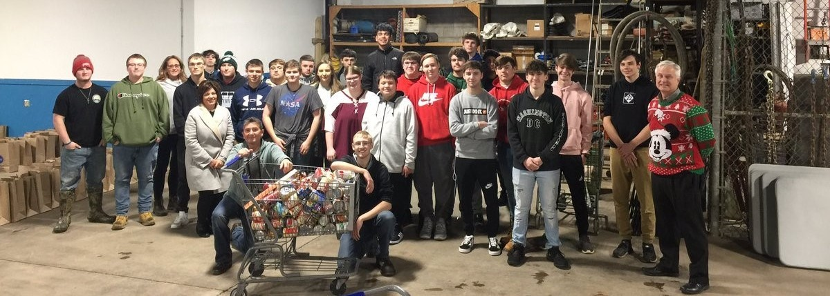 Clay Machining students help organize Christmas baskets for our community.
