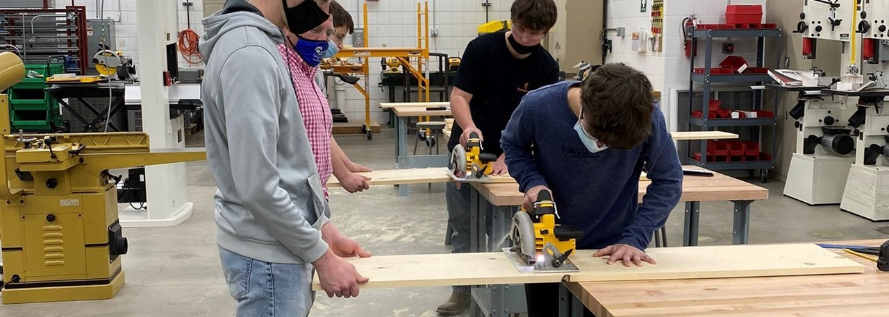 Carpentry Classes resume at Clay
